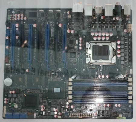 asus_p6t7_ws_supercomputer