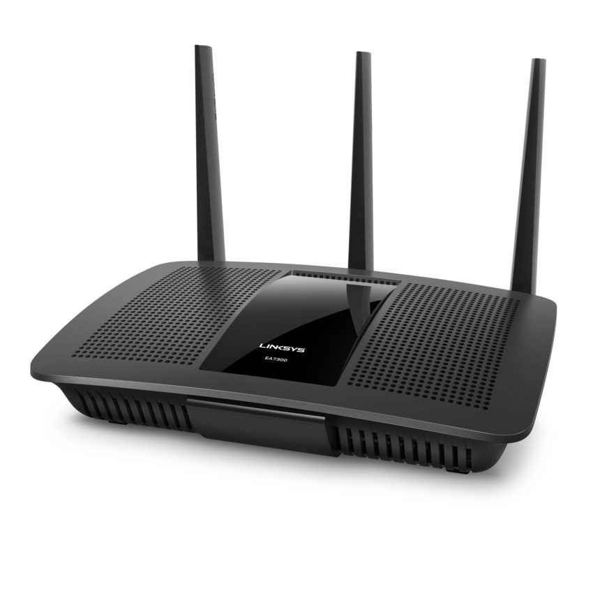 linksys-ea7300-front-left